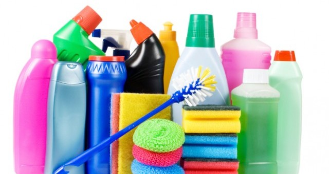8 Toxic Household Products You Should Get Rid Of