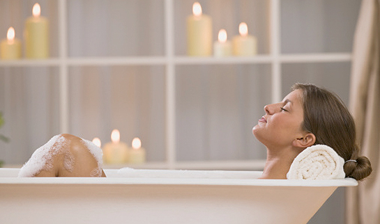 How to Ease Your Pain with Hot Bath