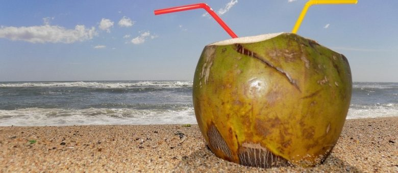 How to Choose The Healthiest Coconut Water